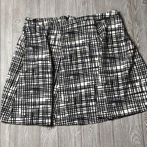 Ava & Viv Plus Size Skirt Black and White